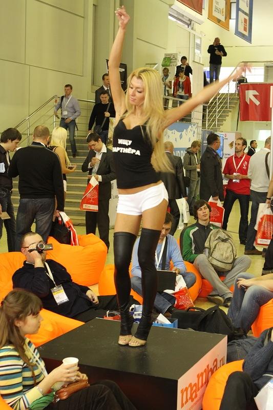 RIW2011 промо девушки на RIW 2011
