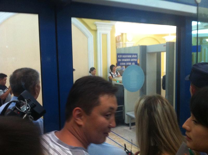 Встреча Ильина в Алматы: Надо учиться таким вещам!